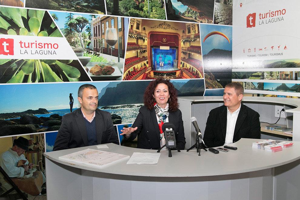 Turismo de la laguna y titsa instalan una oficina de for Oficina de turismo de tenerife