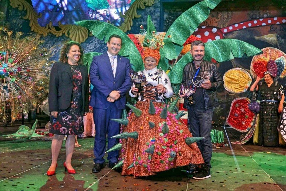 Resultado de imagen de reina mayores carnaval arona 2019