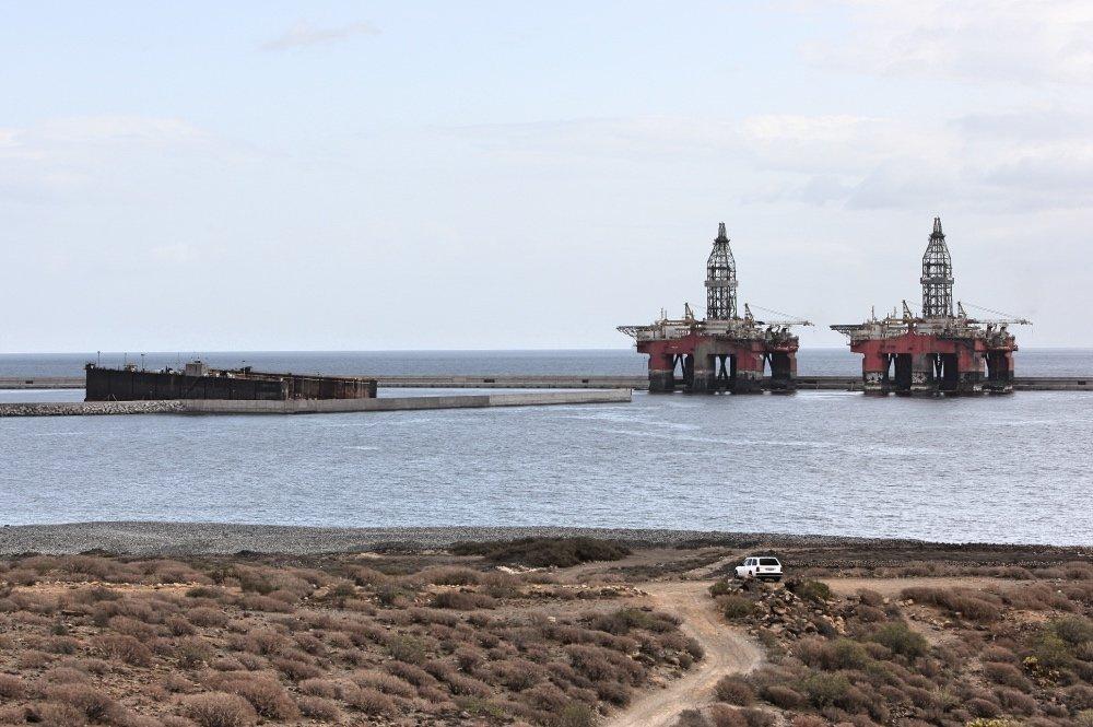 El puerto de Granadilla se construyó con la finalidad de introducir el gas licuado. Foto Esteban Pérez