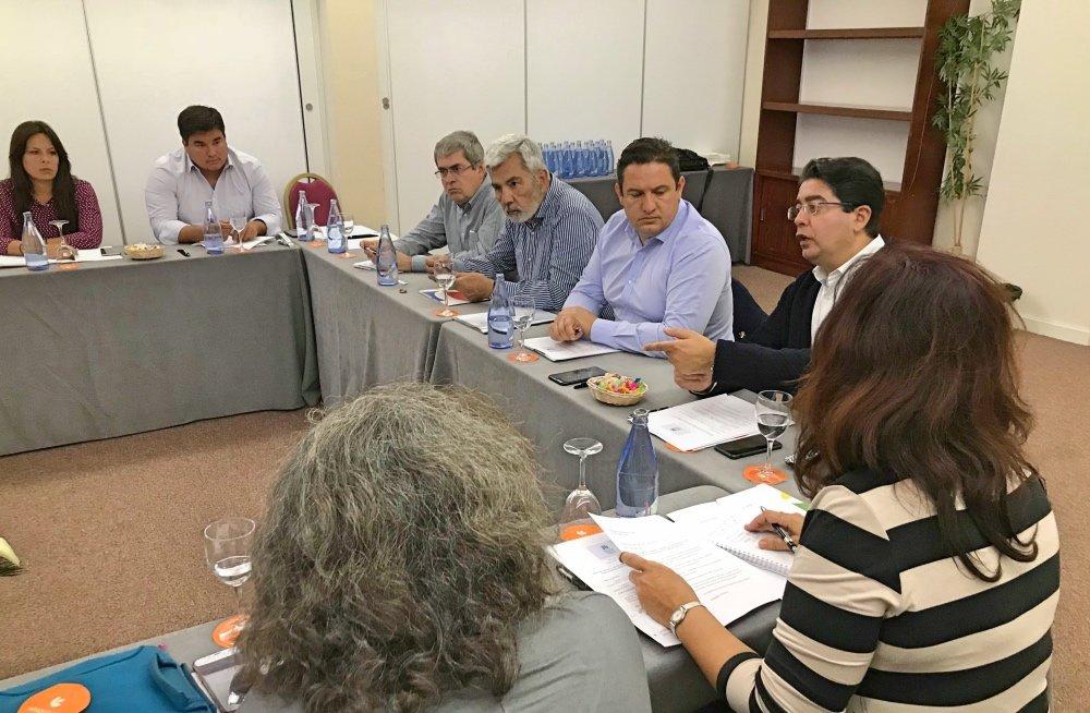 Su presidente, José Miguel Rodríguez Fraga, ha mantenido contactos con distintas administraciones y organizaciones empresariales para estudiar la situación