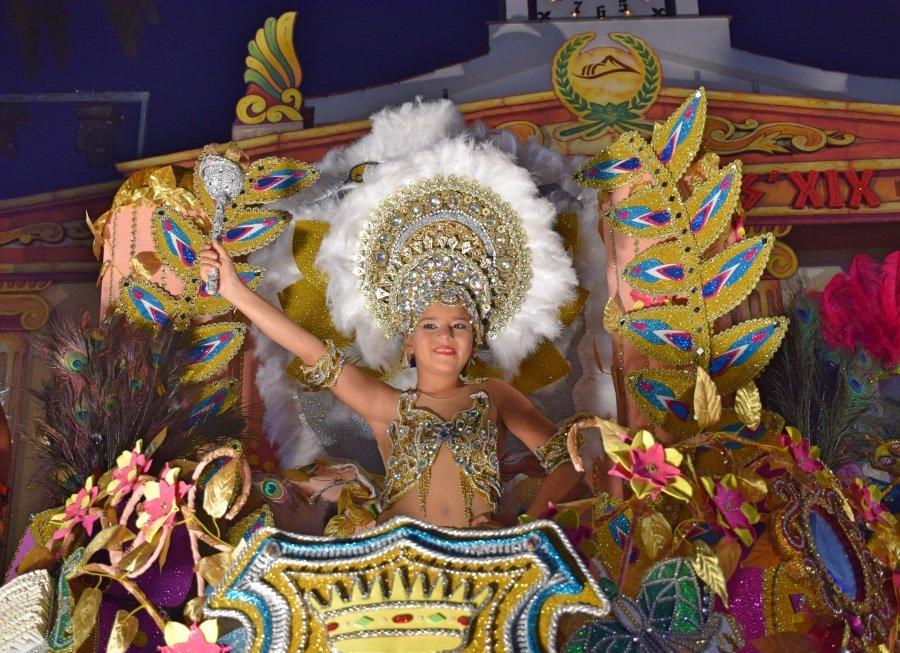Resultado de imagen de Zaira García Barroso, nueva Reina Infantil del Carnaval de Los Gigantes 2019