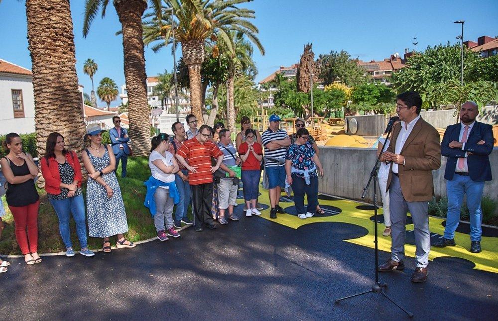 El recinto, adaptado para menores y adultos con discapacidad, ha supuesto una inversión de 848.350 euros. Fotos: Moisés Pérez