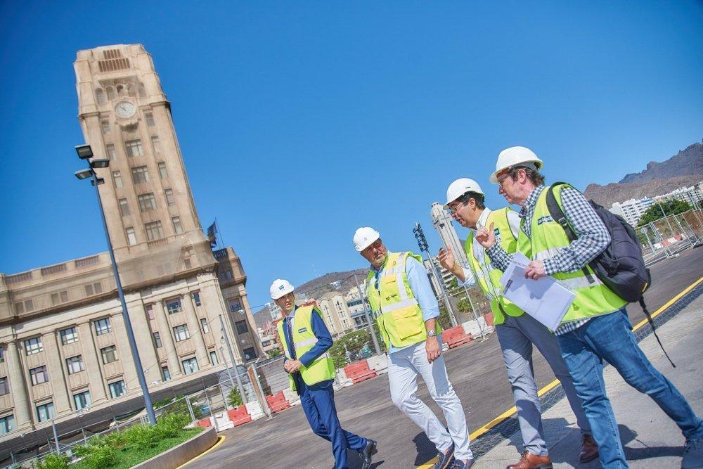 Martín y Arriaga, junto a técnicos del Cabildo y de la UTE, se interesaron por los pormenores del proyecto