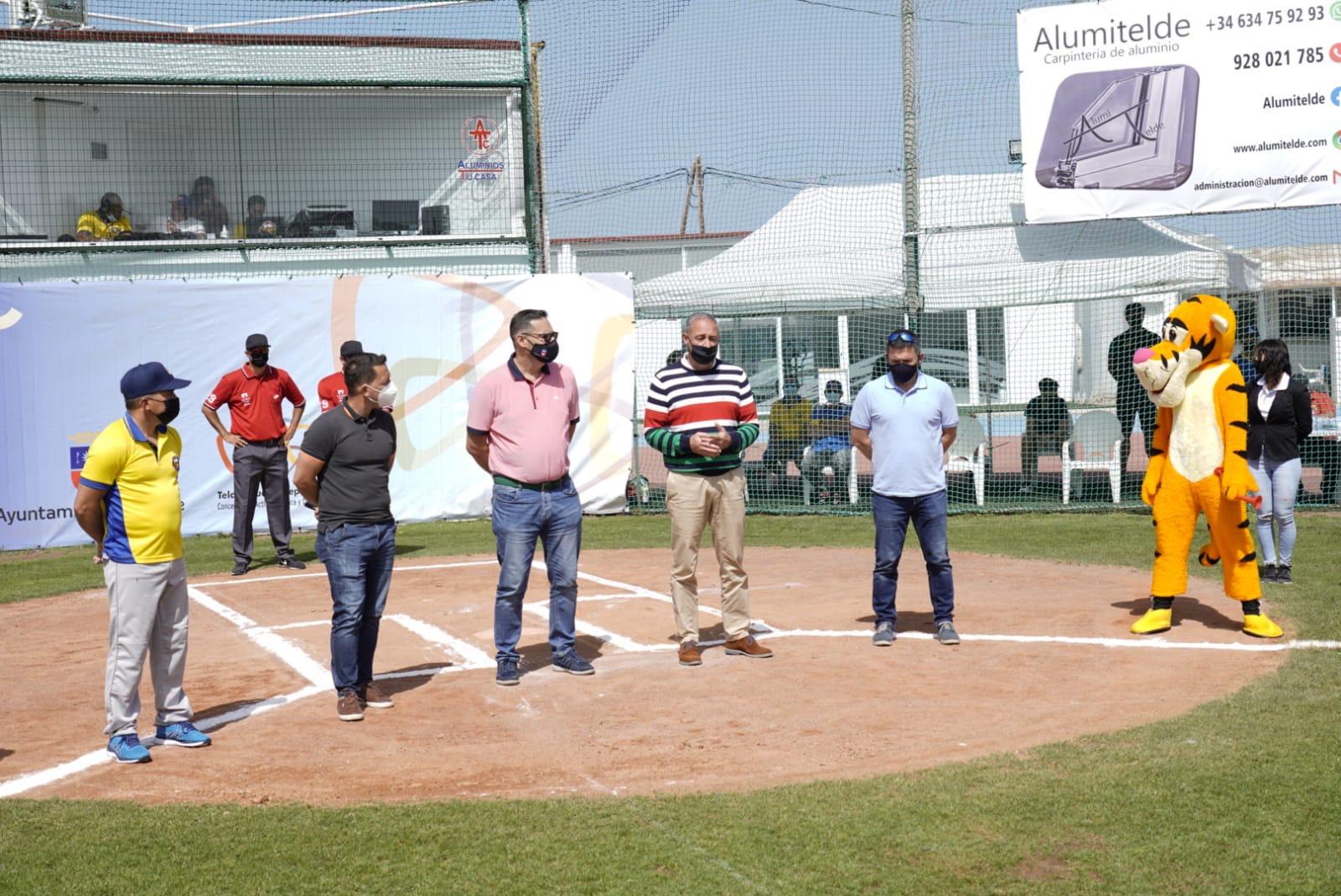 Béisbol y Sófbol Reuniones Federaciones, cabildos y ayuntamientos (4)_Fotor